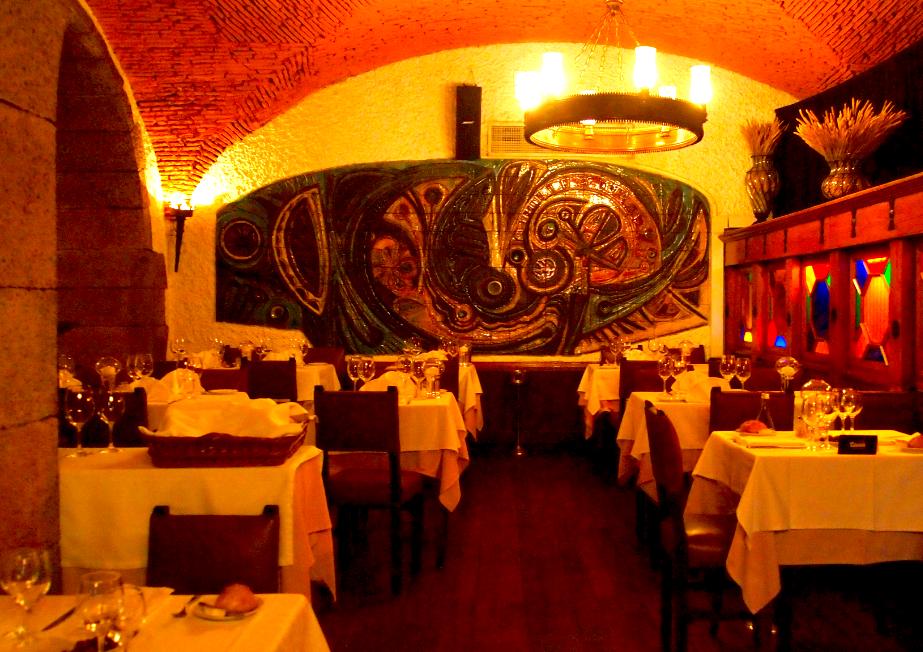 Fado restaurants in Alfama