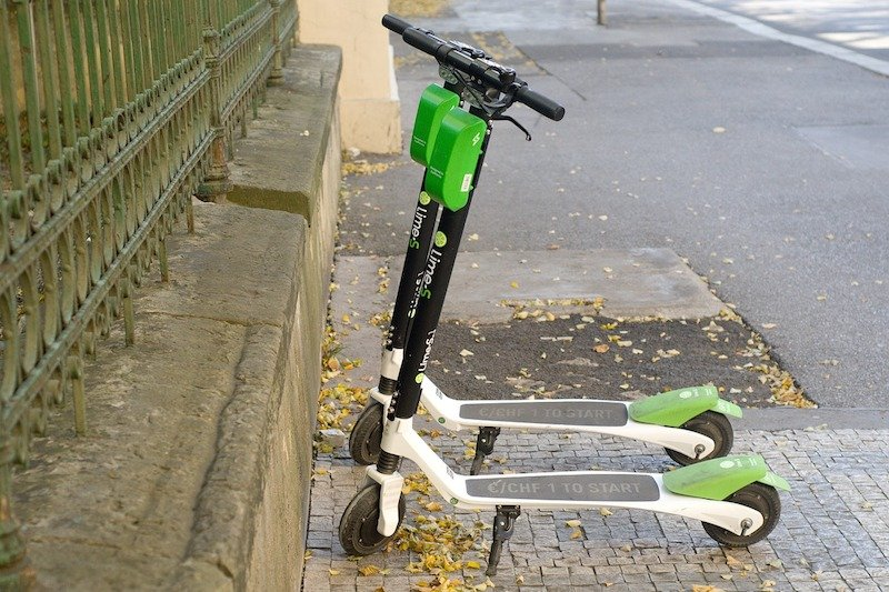 Lime Brings its Dockless Scooters to Lisbon